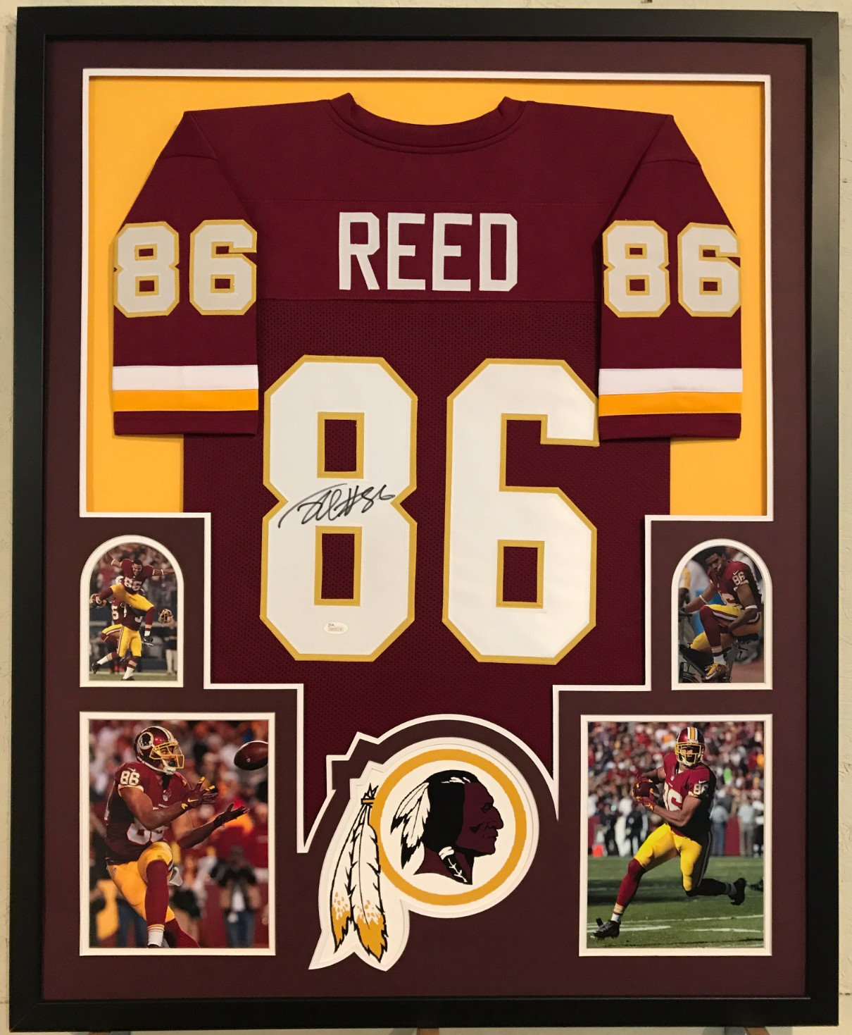 d3dd148d3 Jordan Reed Signed Washington Redskins Custom Jersey Framed Display (JSA  Witness COA). Hover to zoom