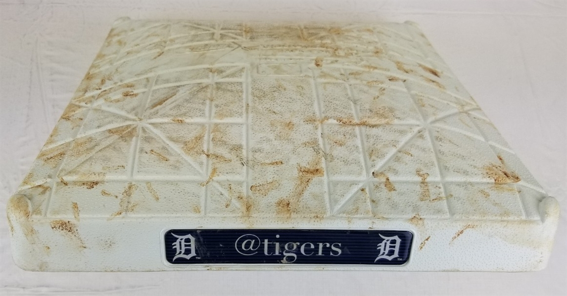 Justin Verlanders 2000th Career Strikeout Game Used Base Twins at Tigers 5/18/16 (MLB Certified)