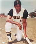 Willie Stargell Signed Pittsburgh Pirates 16x20 Photo (JSA COA)