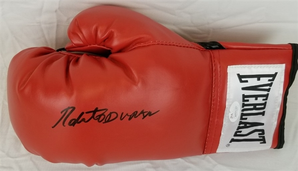 Roberto Duran Signed Red Everlast Boxing Glove (JSA Witness COA)
