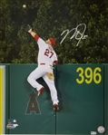 Mike Trout Signed Los Angeles Angels Home Run Robbery 16x20 Photo (MLB Certified)