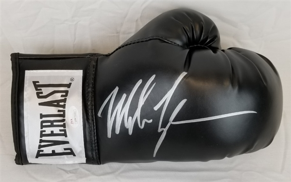 eda3102f4c1 Mike Tyson Signed Black Everlast Right Hand Boxing Glove (JSA Witness COA)