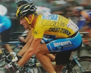 Lance Armstrong Signed Tour De France Cycling 16x20 Photo (Schwartz Sports COA)