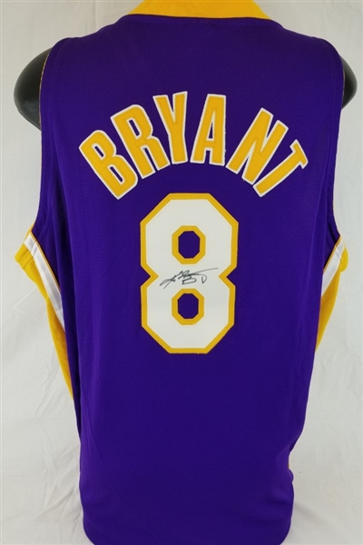 outlet store 9adc7 8c137 Lot Detail - Kobe Bryant Signed Vintage Full Name Signature ...