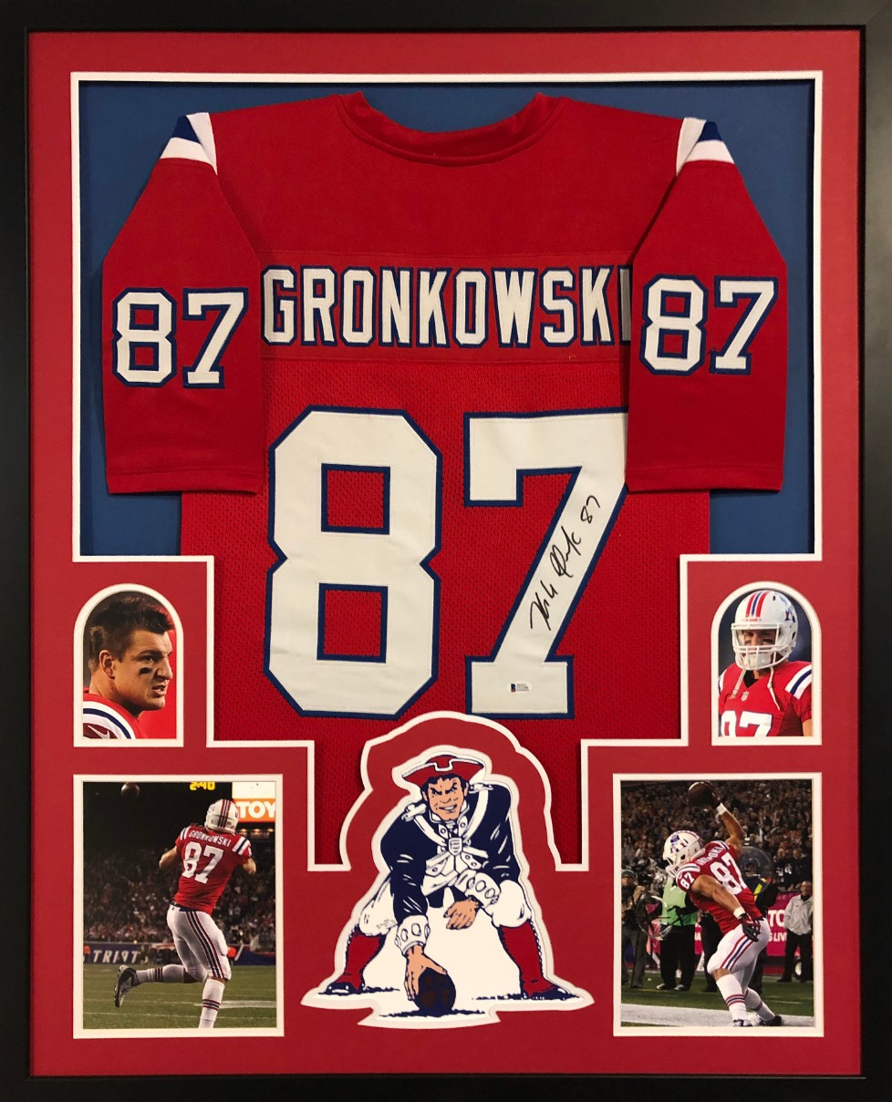91c49b450 Rob Gronkowski Signed Patriots Custom Jersey Framed Display (Beckett  Witness COA)