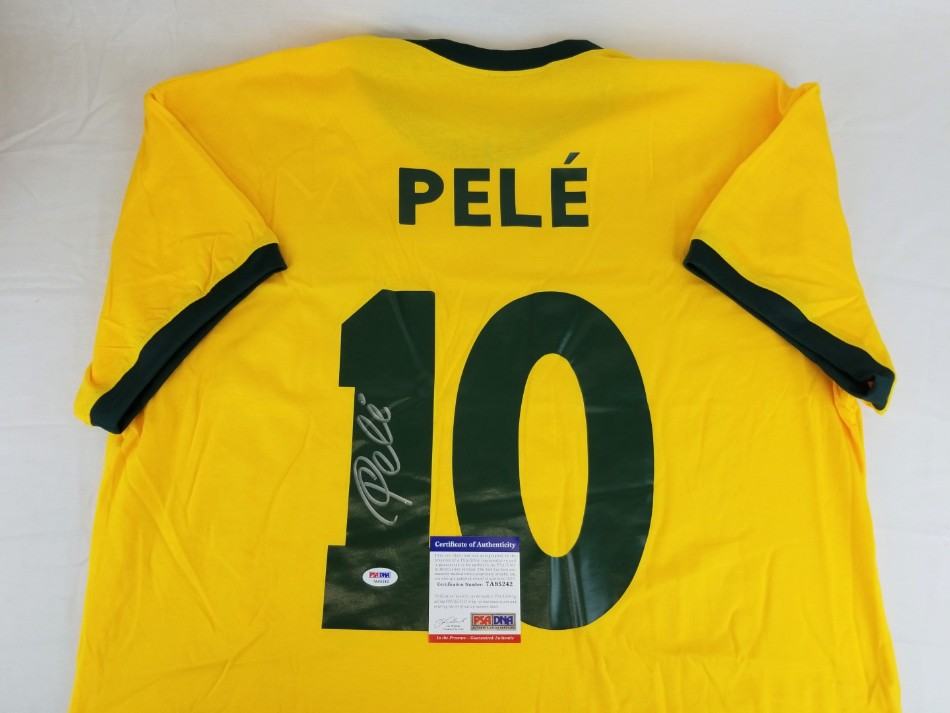 27e7382967b Pele Signed Brazil Soccer Jersey (PSA/DNA ITP COA). Hover to zoom. Prev Next