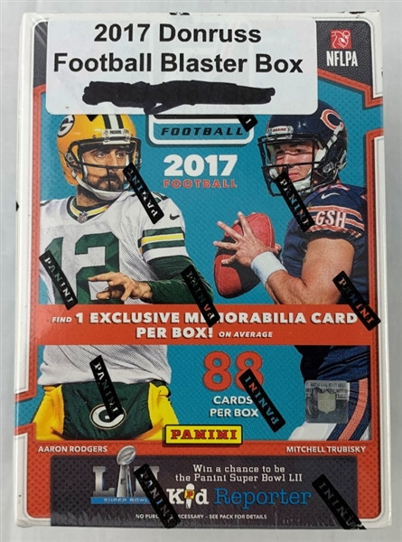2017 Donruss Football cards - Sealed Blaster Box - Possible Patrick Mahomes Rookie!