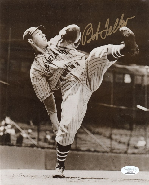 Bob Feller Signed Cleveland Indians 8x10 Photo (JSA COA)
